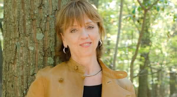 Nora Roberts entre os autores mais famosos