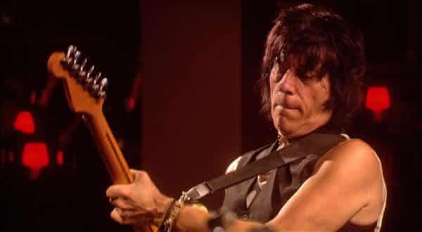 Jeff Beck entre os maiores guitarristas
