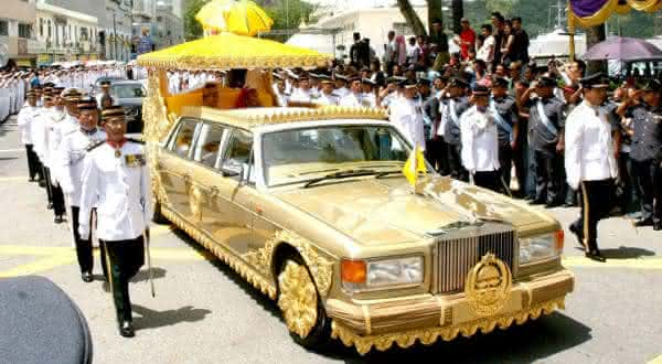 Rolls Royce Silver Spur Limo Personalizada do Sultao de Brunei