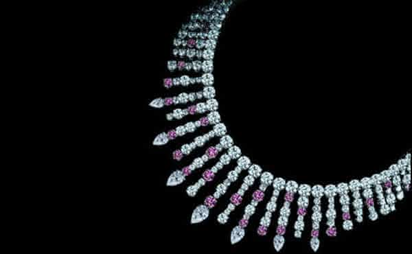 LEVIEV FANCY PINK AND WHITE DIAMOND NECKLACE entre os colares mais caros do mundo