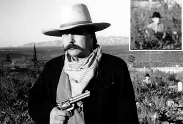 Cowboy Escondido entre as fotos de fantasma mais famosa