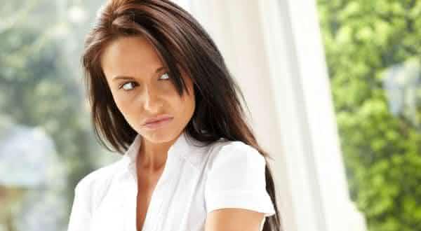 criticar todas as mulheres inveja  entre as coisas que deixam as mulheres menos atraentes