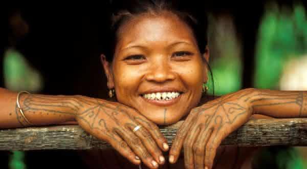 Arquivamento de Dente entre as mais bizarras tradicoes no mundo