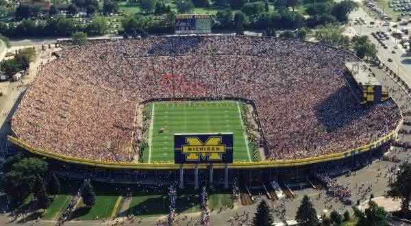 Michigan Stadium entre os maiores estadios do mundo