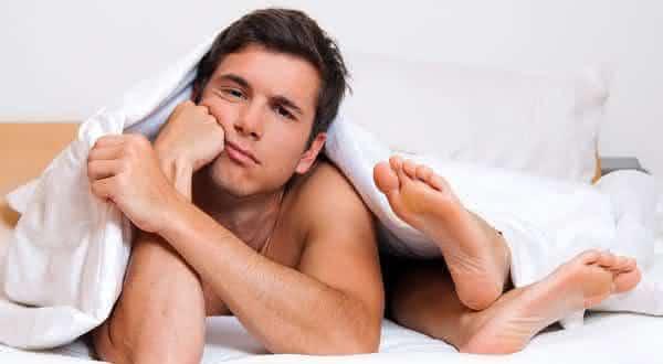 nao se importar com ele entre as 10 coisas que os homens odeiam na cama