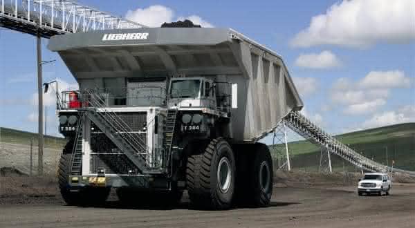 Liebherr T 284 entre os maiores caminhoes do mundo