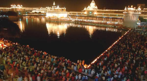 Diwali in Amritsar entre as festas mais populares do mundo