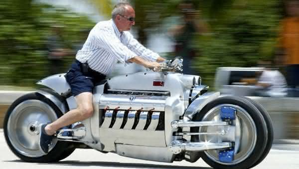 Dodge Tomahawk entre as motos mais caras do mundo