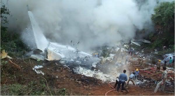 Saudi Arabian Flight 763 Kazakhstan Airlines Flight 1907 entre os maiores acidentes aereos de todos os tempos