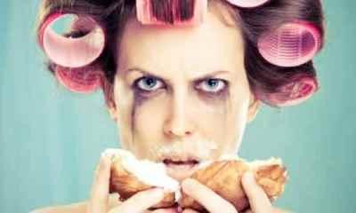 Top 10 coisas que as mulheres odeiam em si mesmas