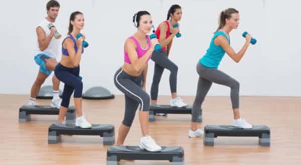 aerobica com pesos entre os mitos mais comuns em academias