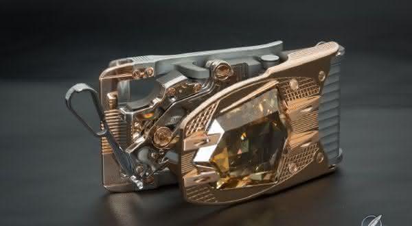 Roland Iten Calibre R822 entre os cintos mais caros do mundo
