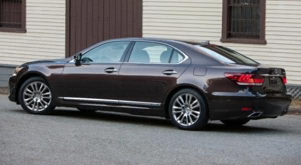 Lexus LS 460 L entre os carros blindados mais caros do mundo