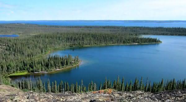 Grande Lago do Escravo entre os lagos mais profundos do mundo