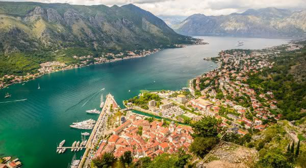 Bay of Kotor entre as baias mais bonitas do mundo