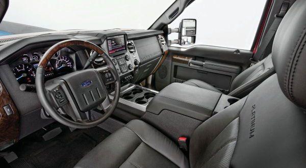 Ford F-450 Platinum 3 entre as camionetes mais caras do mundo