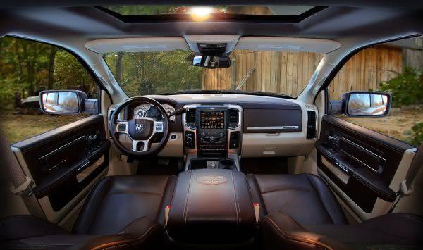 RAM 2500 Power Wagon Laramie 2 entre as camionetes mais caras do mundo