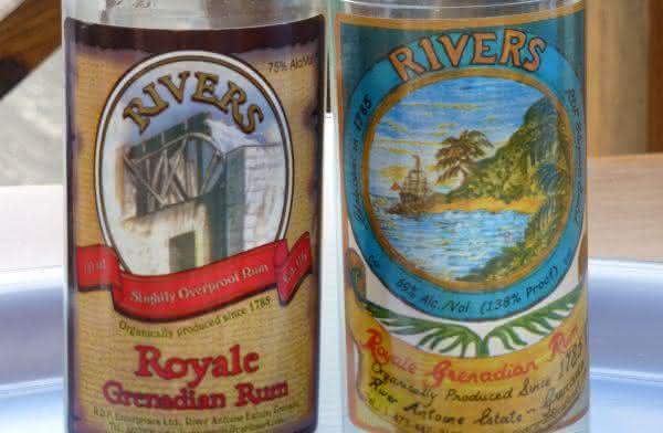River Antoine Royale Grenadian Rum  entre as bebidas alcoolicas mais fortes do mundo
