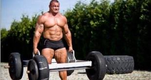 mariusz pudzianowski entre os homens mais fortes do mundo