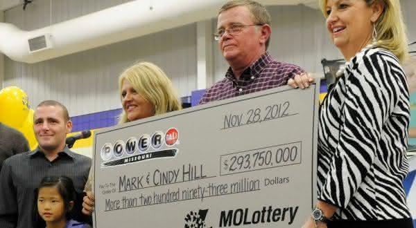 587 entre os maiores premios de loterias