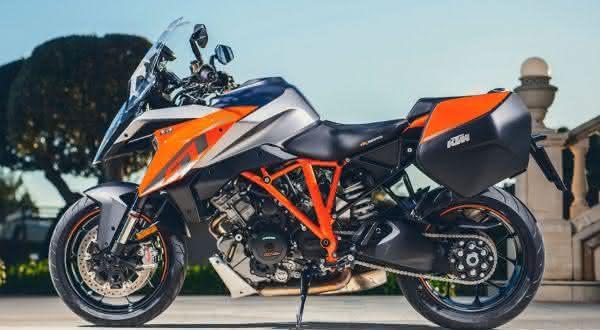 ktm 1290 super duke entre as melhores motos do mundo