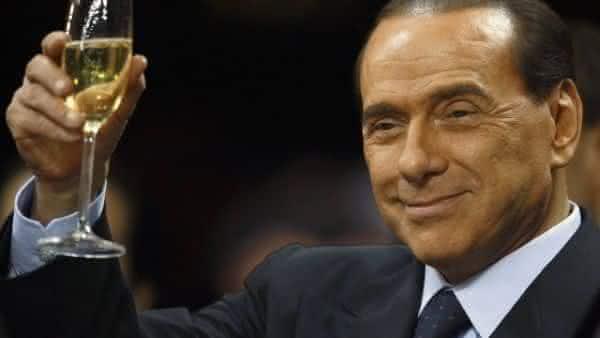 Silvio Berlusconi entre os politicos mais ricos do mundo