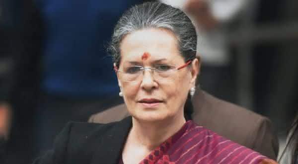 Sonia Gandhi entre os politicos mais ricos do mundo