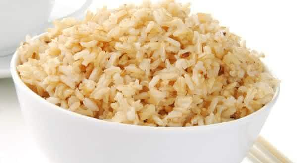 Arroz Integral entre os alimentos ricos em fibras