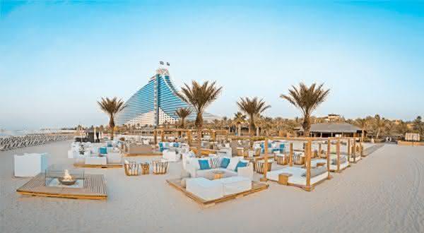 jumeirah entre as praias mais luxuosas do mundo