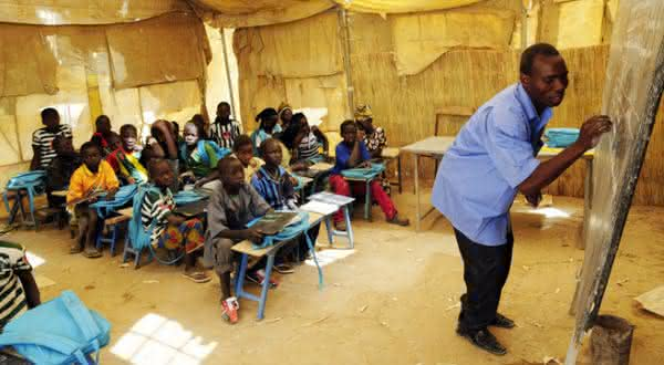 mali entre os paises com maior taxa de analfabetismo