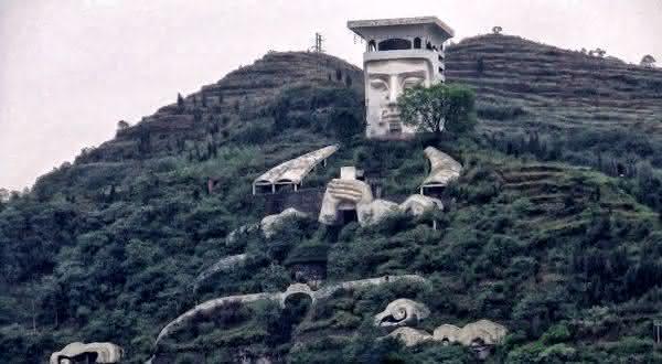 Fengdu City of Ghosts entre os portais para o inferno que você pode visitar