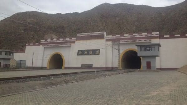 New Guanjiao Tunnel entre os tuneis ferroviarios mais longos do mundo