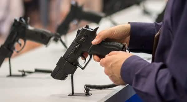 bosnia e Herzegovina entre os paises mais faceis de comprar uma arma de fogo