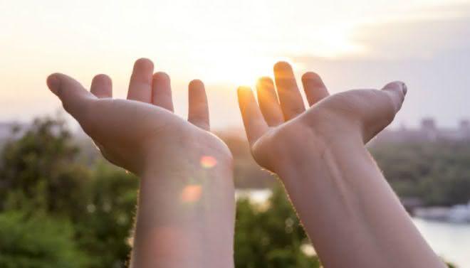 contentar entre as dicas para parar de reclamar e ser feliz