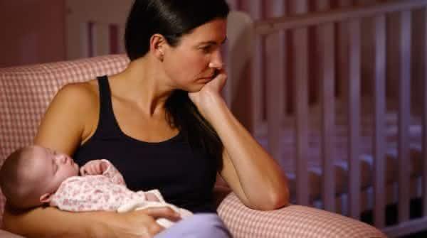 ficar aprisionada entre os erros comuns que novos pais cometem