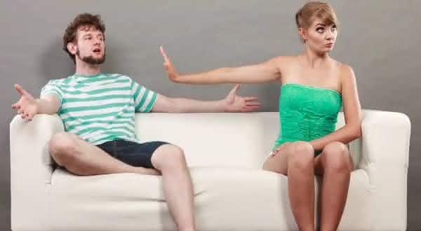 nao recua coisas que as mulheres maduras nao fazem em um relacionamento