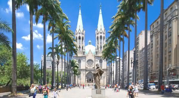 Catedral da Se entre as coisas para ver e fazer em São Paulo