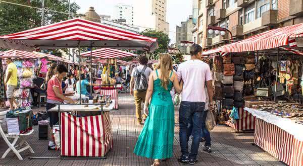 Feira da Liberdade entre as coisas para ver e fazer em São Paulo