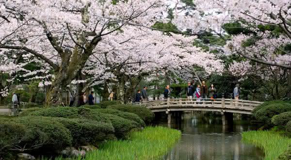 Kenroku-en entre os jardins mais bonitos do mundo