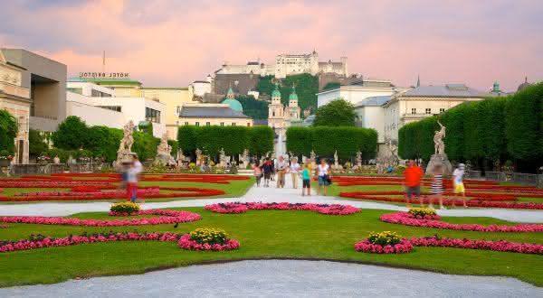 Mirabell Gardens entre os jardins mais bonitos do mundo