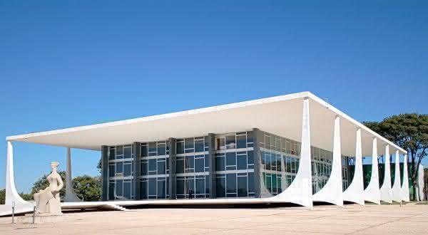 Supremo Tribunal Federal entre as coisas para ver e fazer em Brasilia