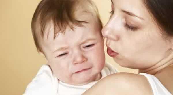 bebe chorando entre os sons mais irritantes do mundo