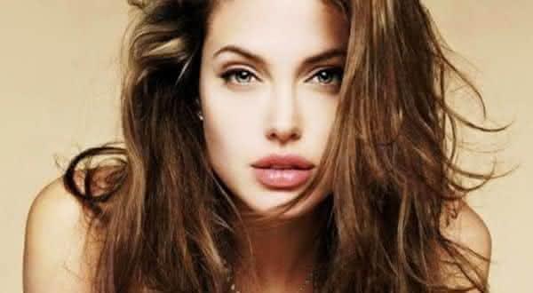 Angelina Jolie entre as atrizes mais sexy de todos os tempos