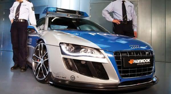 Audi R8 GTR entre os carros de policia mais caros do mundo