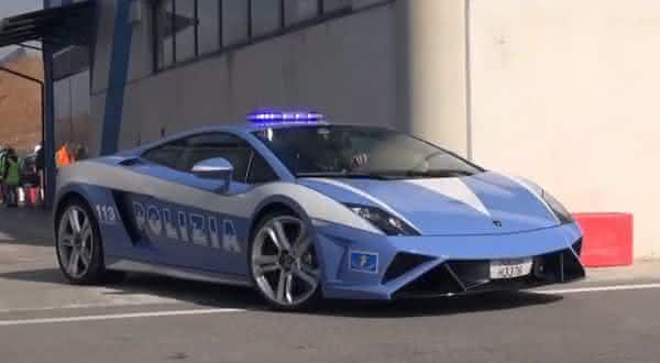 Lamborghini Gallardo entre os carros de policia mais caros do mundo