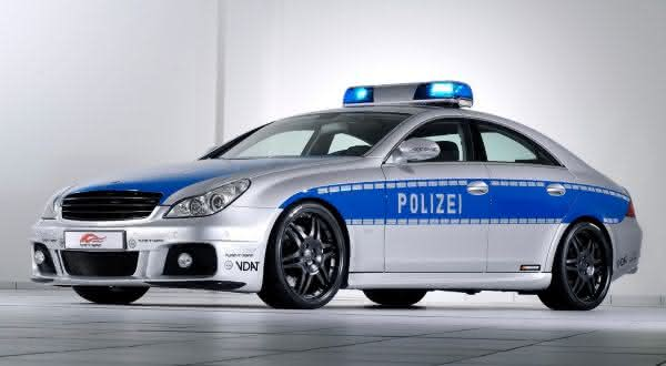 Mercedes-Benz Brabus entre os carros de policia mais caros do mundo