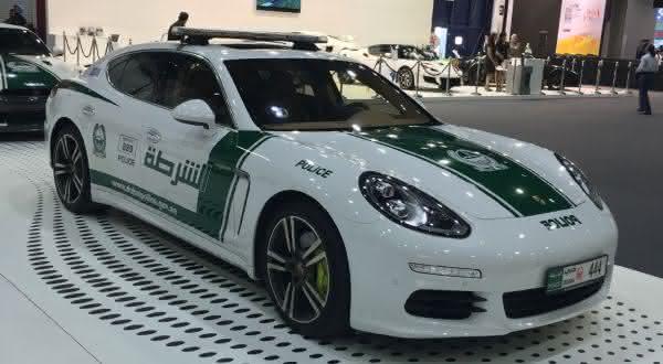 Porsche Panamera entre os carros de policia mais caros do mundo