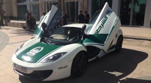 mclaren entre os carros de policia mais caros do mundo