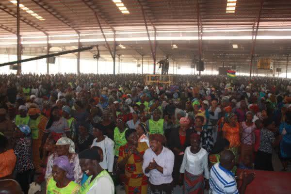 Lords Chosen Charismatic Revival Church entre as maiores igrejas da africa
