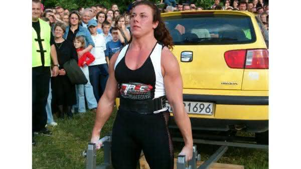Aneta Florczyk entre as mulheres mais fortes do mundo